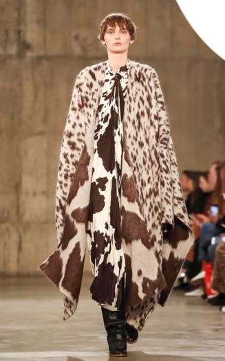 Oliwia Lis for Ports 1961 fashion show FW 2018 London